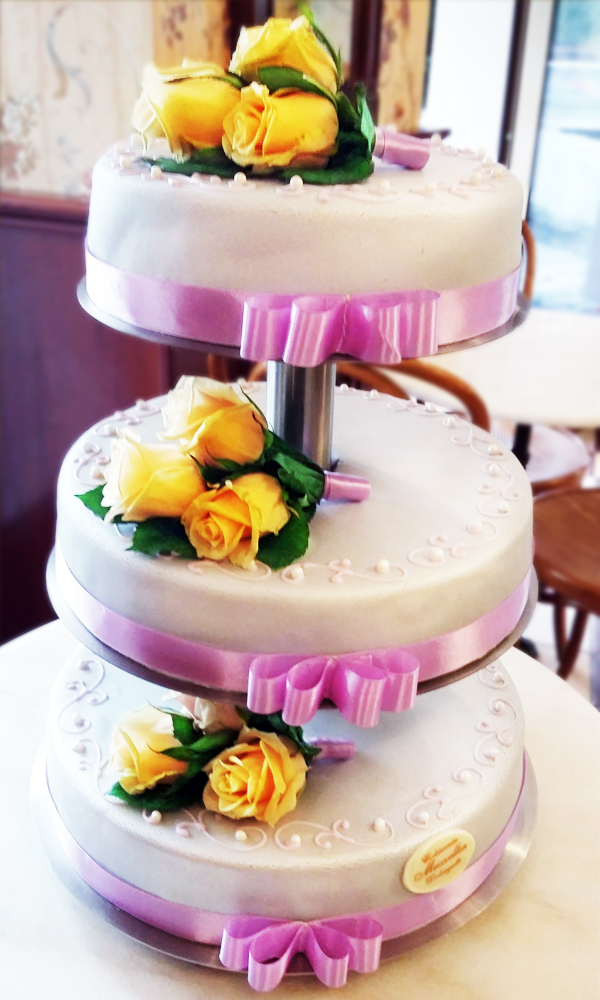 tort ślubny 5